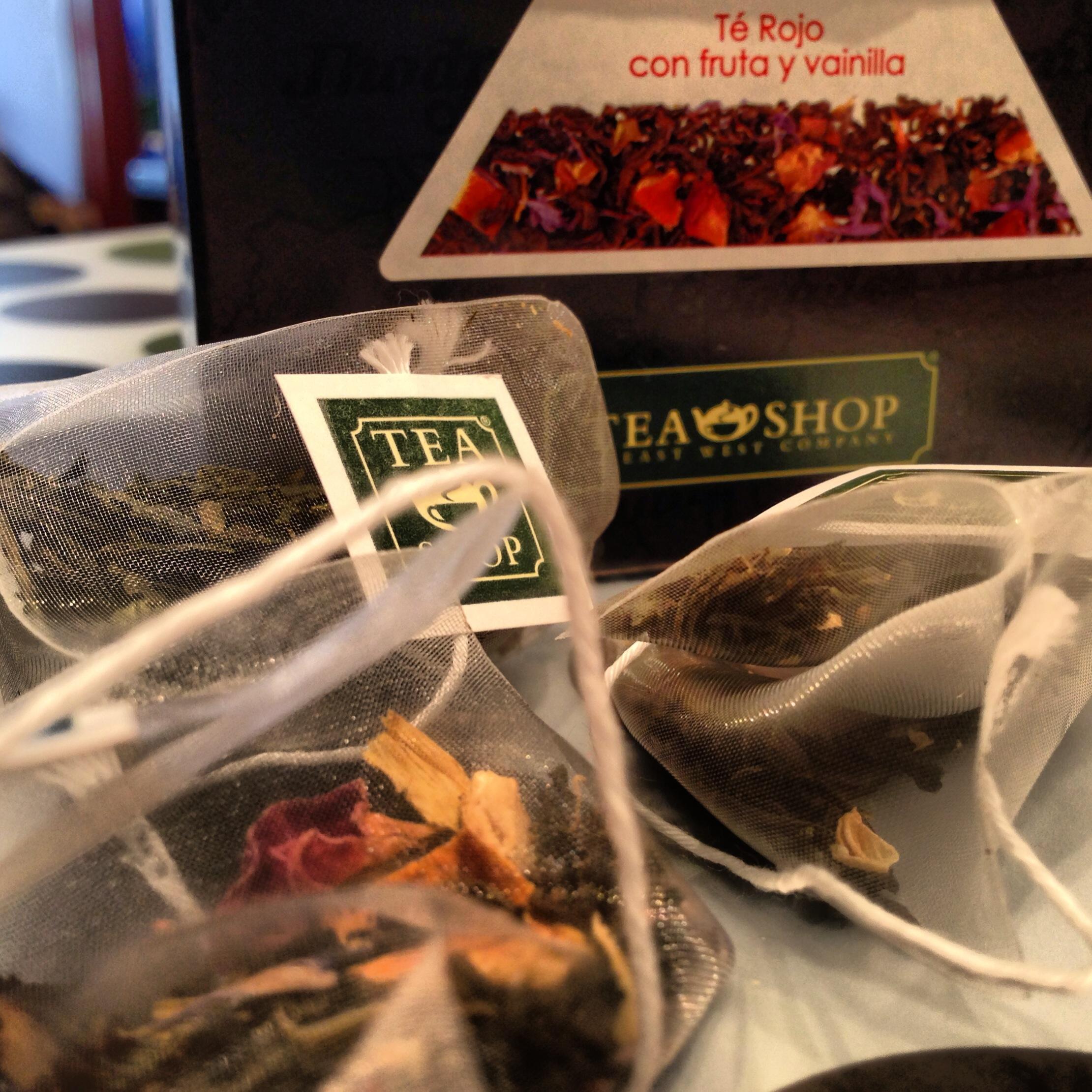Tea shop a ugramadan barcelona dan donmek olmazneredeyesek neredeyesek - Tea shop barcelona ...